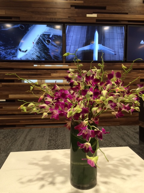 orchids deltaone lounge