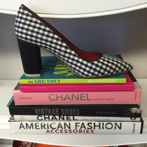 MeghanSAYS Gingham pump books